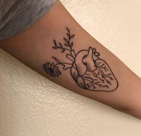 Tatuagem médico