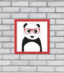 Quadro de panda de óculos.