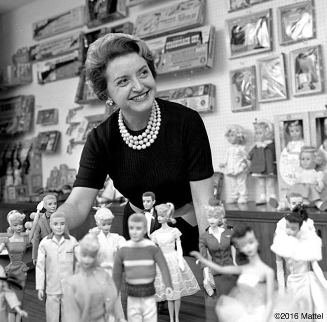 Ruth Handler e suas Barbies